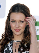 http://img281.imagevenue.com/loc534/th_644470512_Katie_Cassidy_CW_CBS_Showtime_Summer_TCA_Party3_122_534lo.jpg