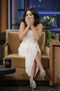 http://img281.imagevenue.com/loc538/th_201428388_Vanessa_Hudgens_The_Tonight_Show_With_Jay_Leno7_122_538lo.jpg