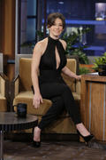 http://img281.imagevenue.com/loc566/th_013155990_Evangeline_Lilly_Appearing_on_The_Tonight_Show_with_Jay_Leno9_122_566lo.jpg